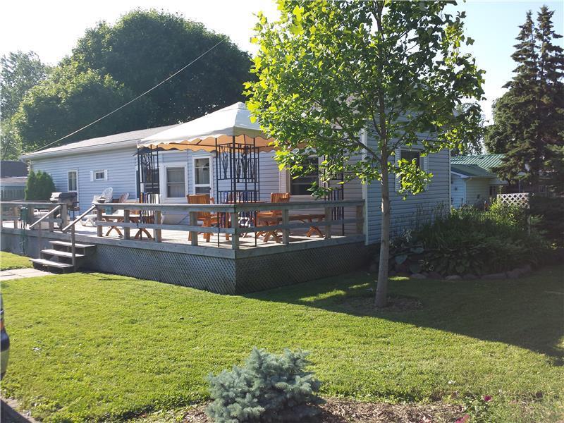 greg 39 s getaway erieau cottage rental gl 10371