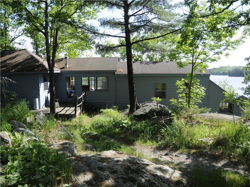 Blueberry Cottage Port Severn Cottage Rental Di 10472