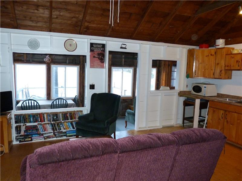cottages house rentals cottagesincanada emerald emeraldhouse cottage pl kingston near rental