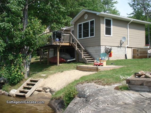 Fantastic The Nook Lakefront Cottage Gravenhurst Cottage Rental Download Free Architecture Designs Scobabritishbridgeorg