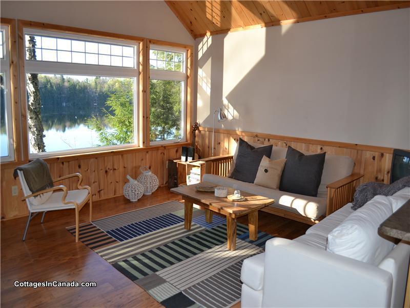 jack pine escape on crane lake parry sound cottage rental pl rh cottagesincanada com Wisconsin Cottage Rentals Silver Lake Cottage Rentals