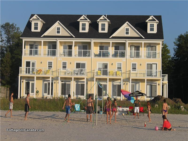 Houses For Rent Wasaga Beach Part - 21: LUXURY 4 Bedroom Beach House - - Wasaga Beach Cottage Rental   DI-15351    CottagesInCanada