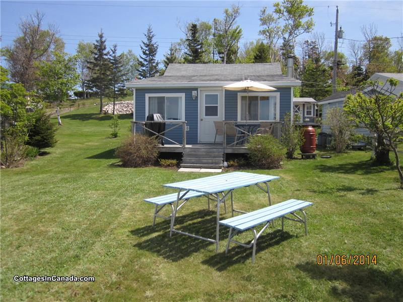 Leisure Lee By The Bay Hampton Cottage Al Pl 17964 Cottagesincanada