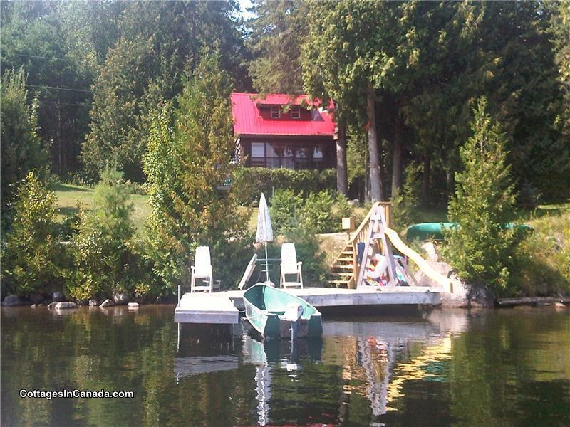 red roof log cabin on paudash lake bancroft cottage rental gl rh cottagesincanada com