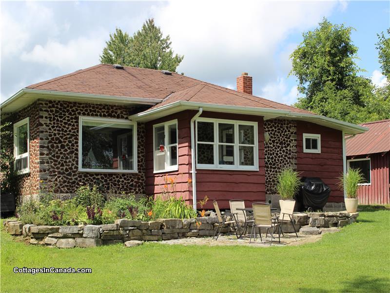 Sturgeon Lake 4 Season Cottage Lindsay Cottage Rental