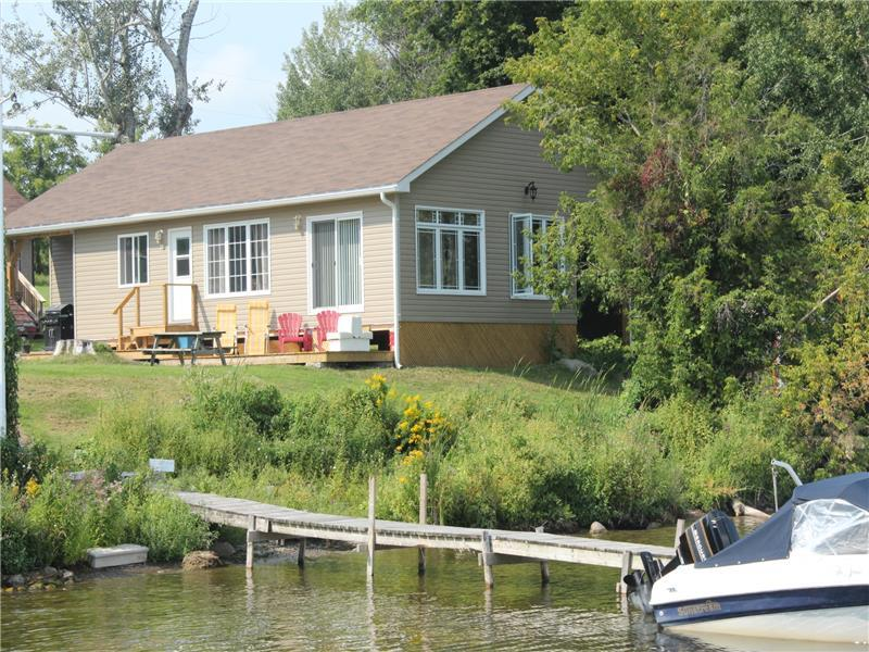 BLISSFUL HAVEN#15 @ELM GROVE - Rice Lake Cottage Rental ...