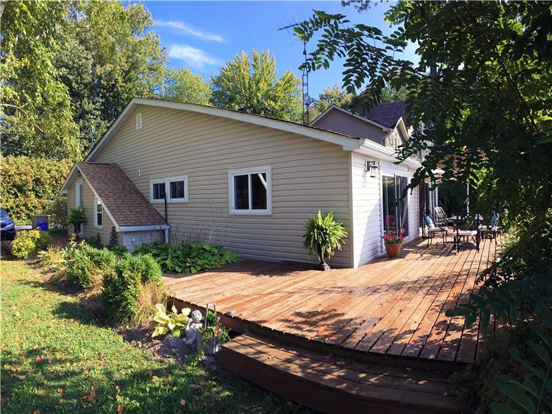 newly renovated and private cottage orillia cottage rental gl rh cottagesincanada com private cottage rentals northern ontario private cottage rentals pei