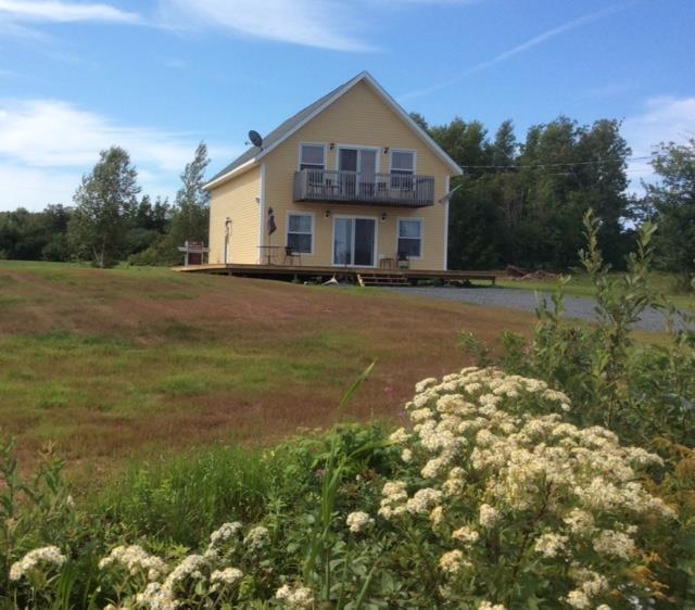 pei garden chalet charlottetown cottage rental gl 21082 rh cottagesincanada com