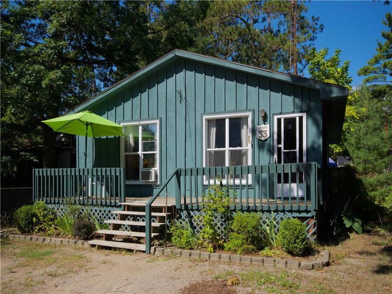 cottages grandbend grand cottage both june rentals available bend units downtown br rental