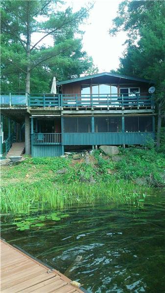 longhorn s lair gravenhurst cottage rental di 23644 rh cottagesincanada com