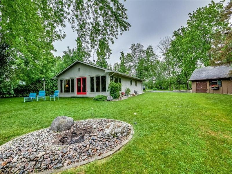 bluwater beach house st joseph s bayfield cottage rental gl rh cottagesincanada com