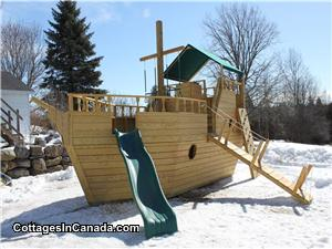 25ft x 8ft Boat Playground