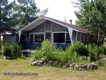 Footflats Cabin - Amherst Island ON