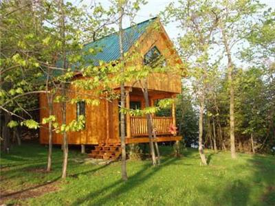 LAKESIDE CABIN: Avail midweek+ Sept4-7