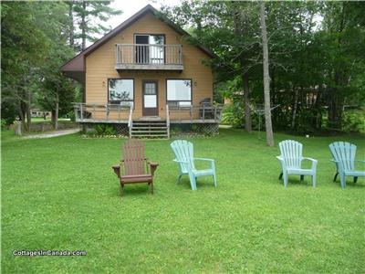 Lakeside Park Cottages - 2, 3 & 4 bedroom cottages on Shadow Lake in the Kawarthas.