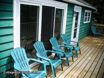 ** Twin Oaks Cottage Rentals on Skeleton Lake in Muskoka |  Quiet and Private Family Cottage **