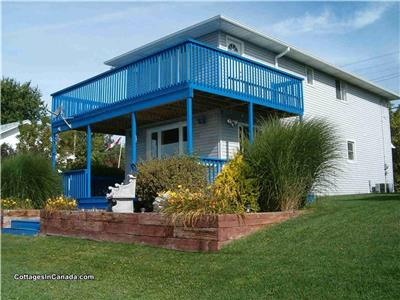 Luxury Waterfront Beach House **Available for Thanksgiving Weekend**