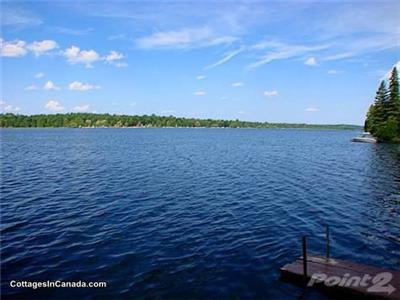 White lake_Waterfront_4Season_Private_Retreat