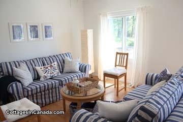 [SLEEPS 14] Blue Sand Beach House CALL NOW 416-712-1013