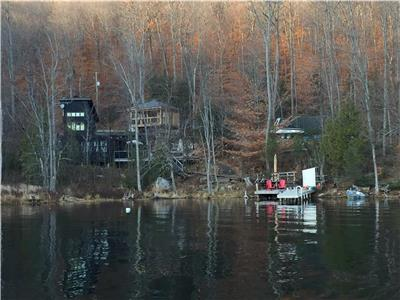 Relax and Rejuvenate at the immaculate Friendly Fires Getaway on Grand Lake.
