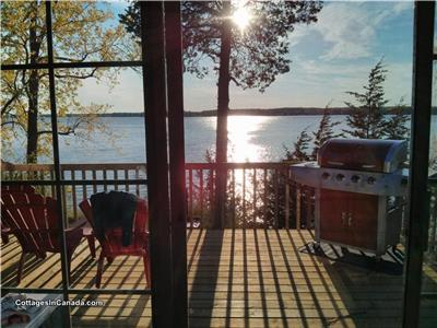 Cherry Beach Cottage - Sandbanks Cottage Rental