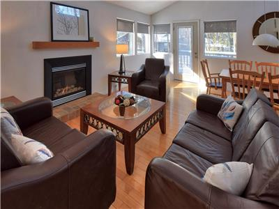 Shady Woods Cottage, Southcott Pines, Grand Bend: Totally Renovated!