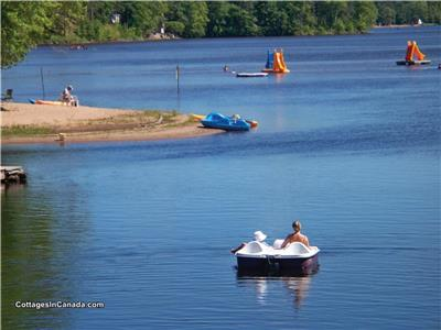 Beachfront Cottages On Golden Lake. Beautiful,Safe,sandy beach.Waterslides,paddleboats,kayaks,canoes