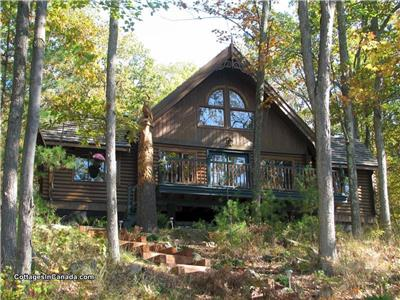 Island Cottage on Lake Muskoka