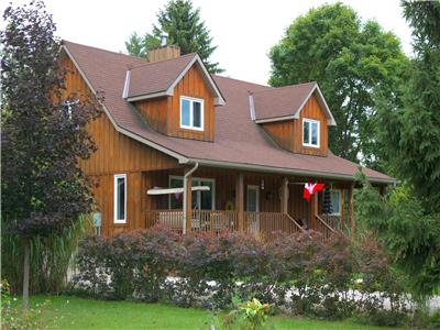 Bluewater Retreat Cottage: New Family Cottage with Hot Tub in Ideal Location near Bayfield!