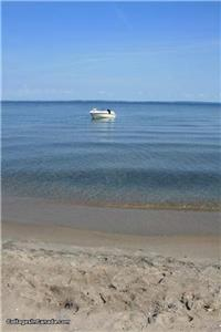 (Sleeps 14) Blue River Beach House - CALL NOW 416 7121013.