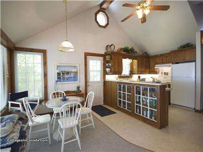 Poplar Beach Lakefront Cottage near Grand Bend: Amazing Lake Views!