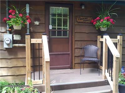 Whispering Woods - 2 hr North of Toronto, 15 min to Shopping/Restaurants