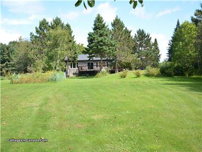 Beautiful Home/Cottage for Rent on Manitouwabing Lake