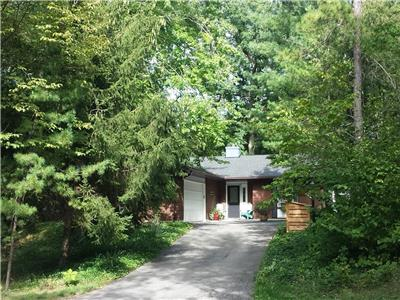 Beaver Dam Retreat in beautiful Southcott Pines in Grand Bend: Ideal for families with children