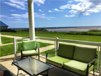 Beachfront 2 Bedroom condo with stunning views with pool near Shediac