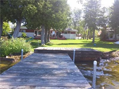 Beautiful Waterfront Cottage in Bobcaygeon - Within two hours of Toronto!