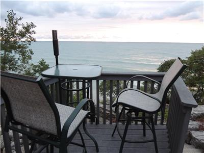 Charming Lakefront - Grand Bend