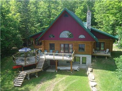 Cranberry Lake Log Cabin