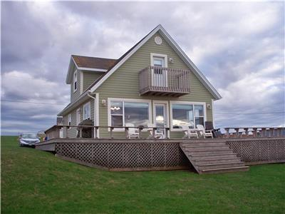 BEACHFRONT PROPERTY ON NORTH SHORE OF PRINCE EDWARD ISLAND