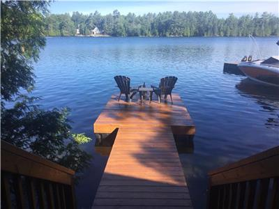 Crystal Lake cottage in Kawartha Region, Bobcaygeon, Fenelon Falls, Kinmount area
