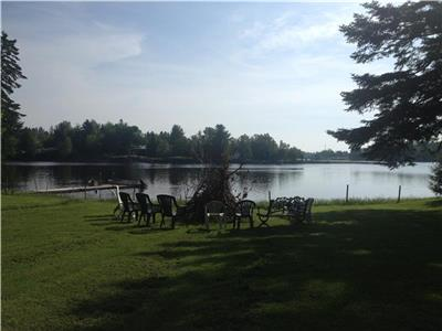Open concept waterfront house situated in Shediac River on a 2 acre lot in a quiet Cul-de-sac.