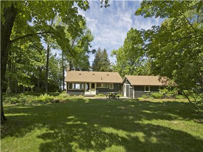 Sandpiper Bayfield  Cottage: Ready for your lakefront cottage vacation!