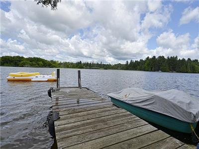 90 min. From GTA 200ft Waterfront Cottage