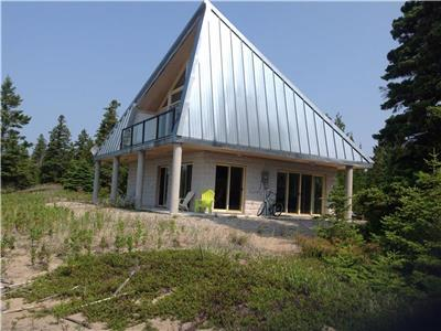 Architect Designed Beach House- Lonely Bay, Manitoulin Island