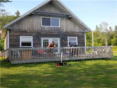 REDUCED Kennedy Lake geothermal cottage near Tatamagouche