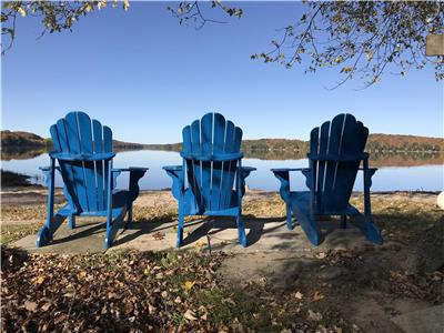 Lakefront Muskoka Cottage Child Friendly Beach