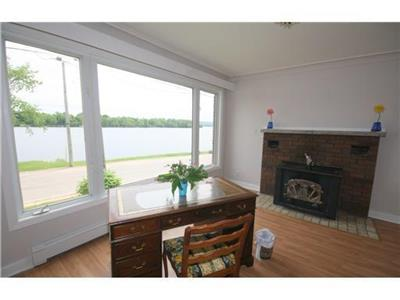 Calabogie Lake Cottage for sale