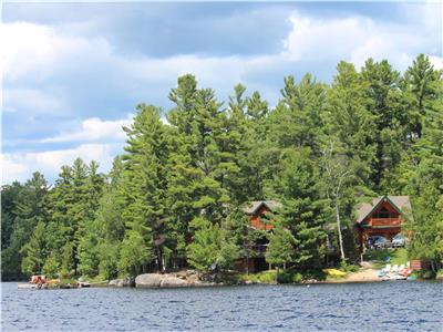 Family Lake House on Lake Manitouwabing