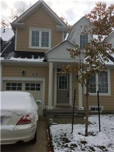 WASAGA BEACH COTTAGES TWNHOUSE 2BDRM WITH DEN MINUTES TO HOLIDAY SKI BLUE MOUNTAIN GOLF 24HR GROCERY