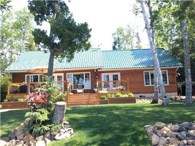 FURNISHED 4 SEASON WATERFRONT HOME ON REMI LAKE,MOONBEAM,ONTARIO